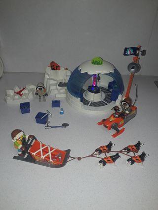 cuartel polar + trineo Huskys de playmobil