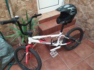 bici BMX y regalo casco de BMX