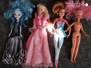 muñecas 2 Barbie articuladas todas juntos