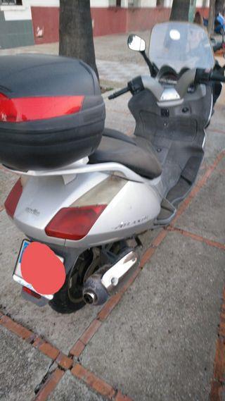 vendo Aprilia Atlántic 125cc