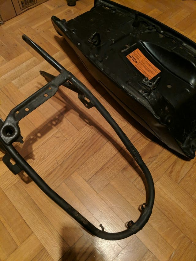 Original seat and subchasis for BMW R80