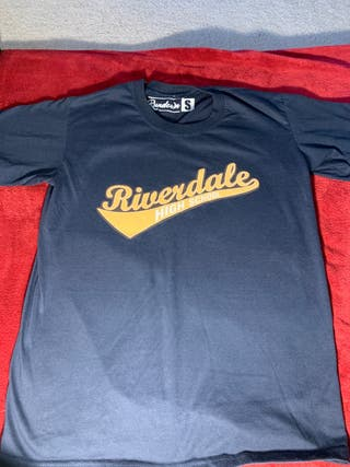 Riverdale top