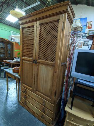 Mueble rustico vitrina