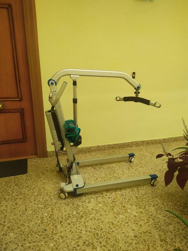 Grua para personas discapacitadas