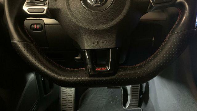ligeramente fuerte Práctico  Volkswagen GTI EDICIÓN ADIDAS de segunda mano por 14.900 € en Sevilla en  WALLAPOP