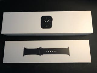 Apple Watch Series 5 - 4G, 44 mm, Aluminio, Gris