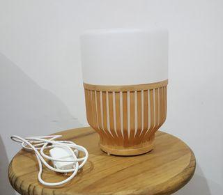 Lámpara de mesa inalámbrica Ikea