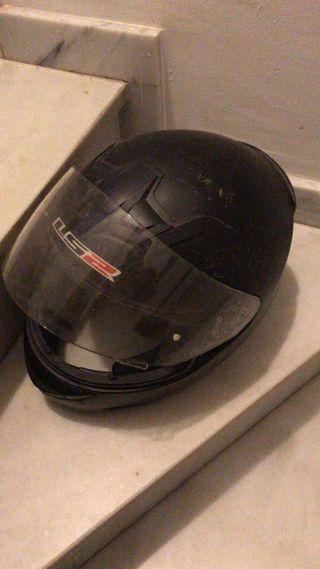 Casco de moto LS2 integral negro