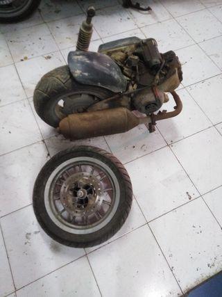 motor habana Aprilia