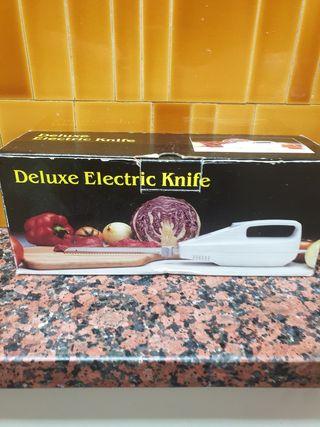 dulexe eletric knife