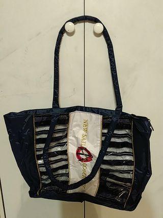 Lote dos bolsas y bolsa cosméticos+neceser
