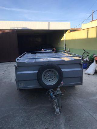 Remolque de coche con documentación