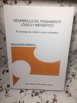 """""""Desarrollo del pensamiento lógico y matemático"""""""