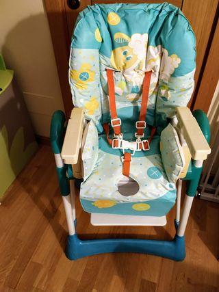 Trona bebé plegable, reclinable, estable.