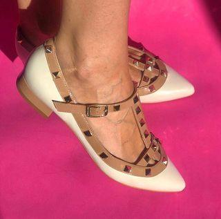 Zapatos Tachuelas NUEVOS