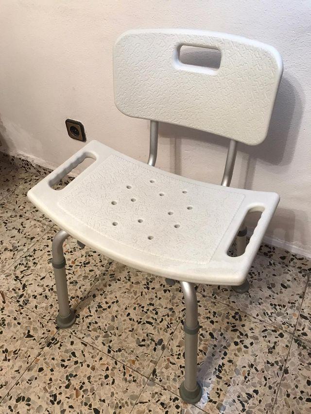 Silla de baño geriátrica