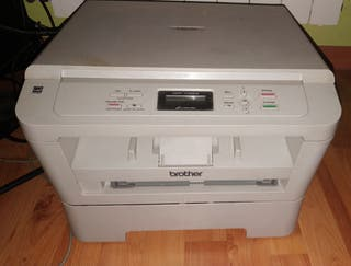 impresora blanco y negro d c p 7055w