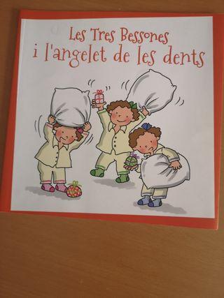 Libro 'Les tres bessones i l'angelet de les dents'