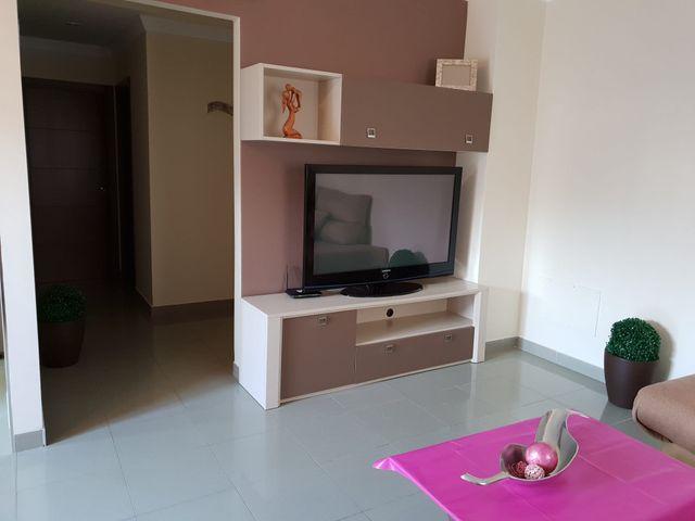 Apartamento de alquiler en Nerja con Patio (Nerja, Málaga)