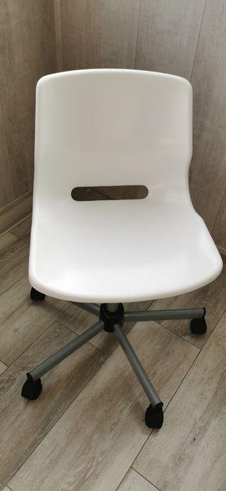 silla escrito ikea snille