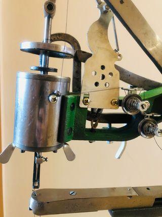 Maquina de coser zapatos ,cuero