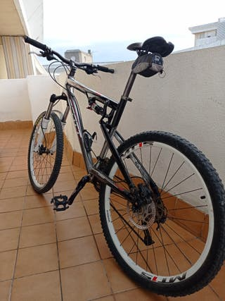 mountain bike scott spark 60