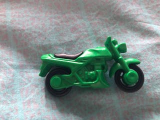 Kinder Sorpresa - figura moto verde
