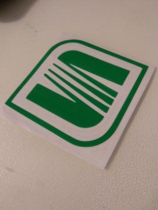 Adhesivo seat verde