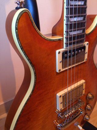 Guitarra Hamer SATQ-HB Duncan