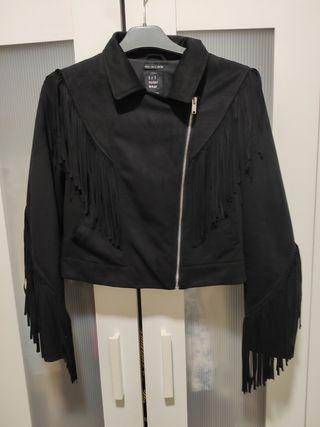 chaqueta flecos
