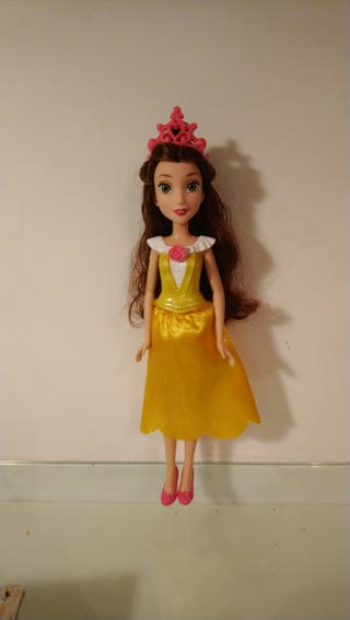 muñeca Bella Princesa Disney de Hasbro