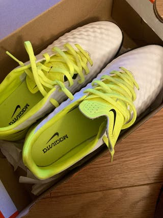 Botas Nike Magista Multitaco Nuevas
