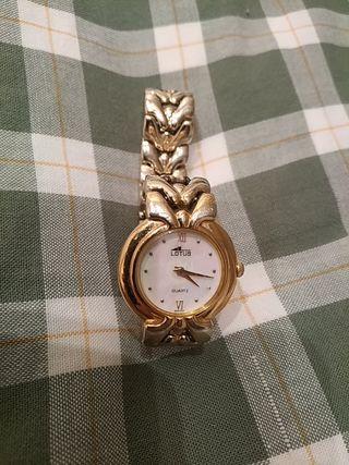 Reloj Lotus mujer chapado en oro.