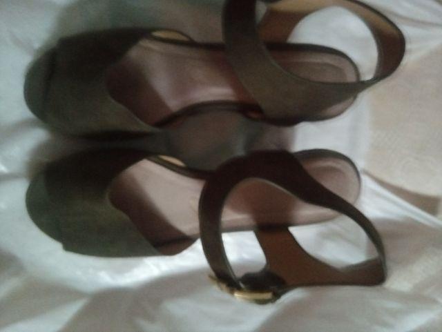sandalias tacon ancho