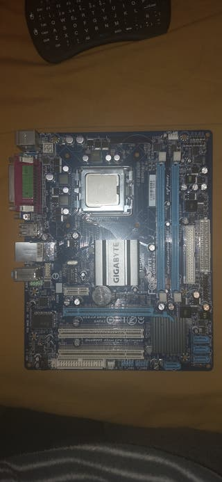 Placa base gigabyte