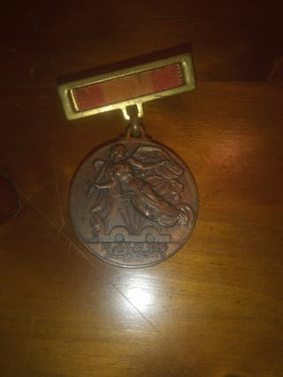 medalla guerra civil del alzamiento y victoria