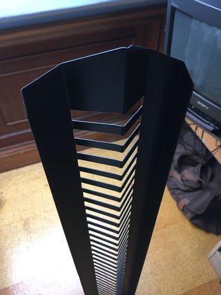 Torre para 50 CDs de música