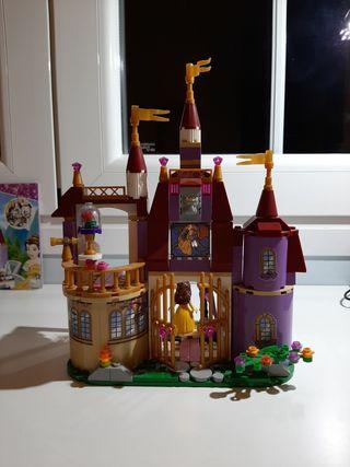Castillo La Bella y la Bestia Disney