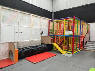 Parque infantil de bolas homologado