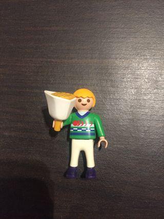 Niño playmobil