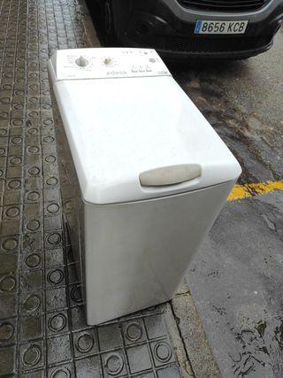 lavadora de carga superior Edesa