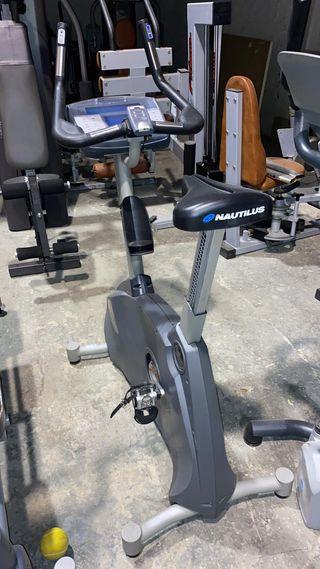 Bicicleta estática Nautilus - autogenerada
