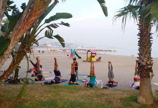 Clases de Yoga en la Playa