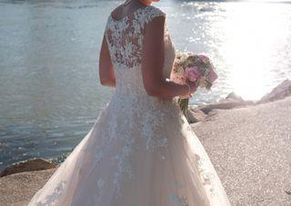 Vestido novia Pronovias, talla 38. Tul blanco rosa