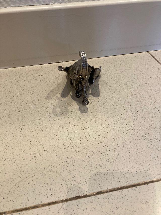 Elefante metal coleccionista