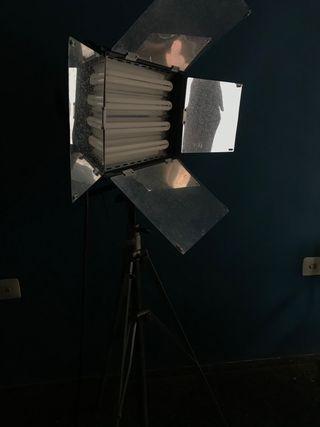 Foco profesional para estudio de Fotografía