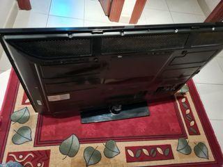 "Televisión LG 42"", mod; 42PJ250"