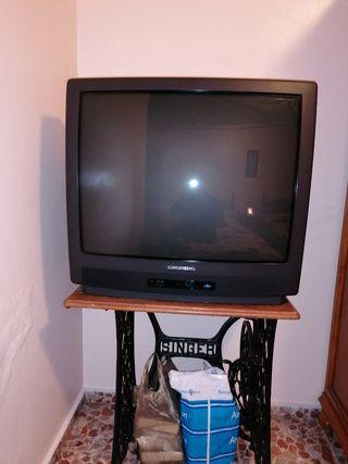 televisión grunding 33 pulgadas