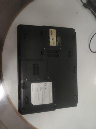Packard Bell 15 pulgadas windows xp