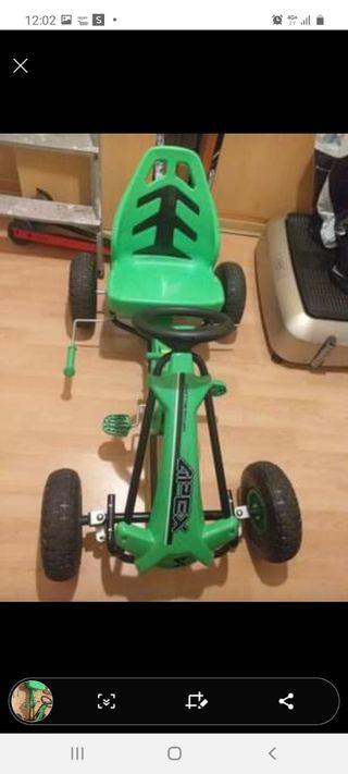 car a pedales